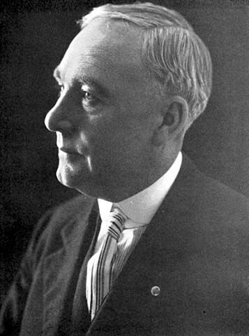 Duluth Commissioner of Public Safety, William F. Murnian - Minnesota Historical Society