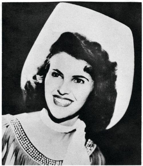 Publicity photograph of Wanda Jackson age 17
