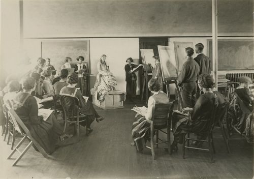 Figure drawing at NDSU - photograph courtesy of NDSU Archives