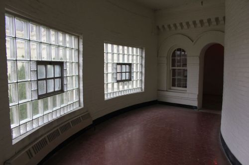 Kirkbride curved hallway - photograph by Sabrina Hornung