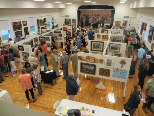 Biggest little art show - photograph by Sabrina Hornung