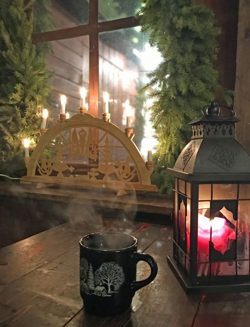 Wine at Weimar christmas market - photography by Alicia Underlee Nelson