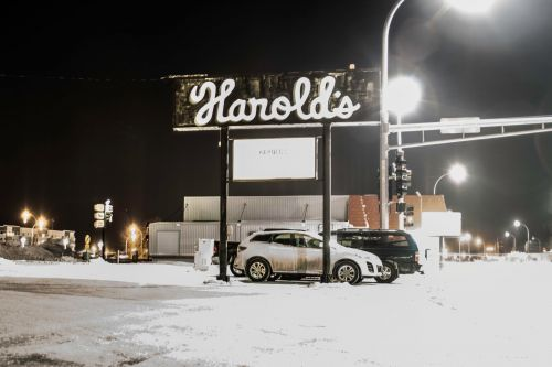 Harold's - photograph by Raul Gomez
