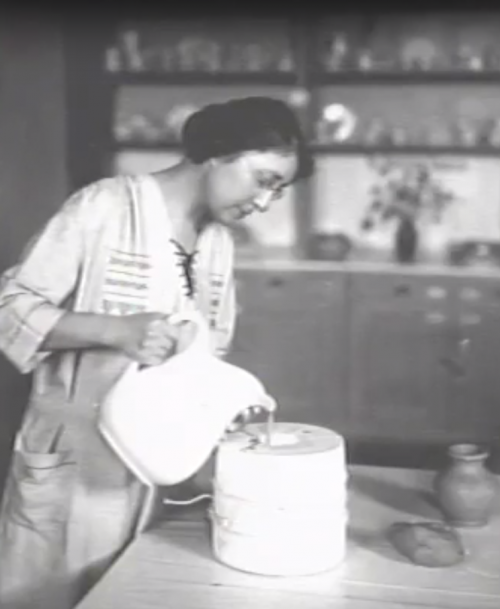 Margaret Cable - History of UND Pottery - The Cable Years documentary screenshot